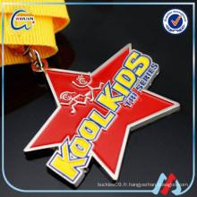 Médailles de sport bon marché personnalisées pour les enfants