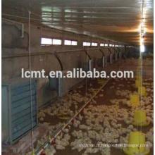 Silo da alimentação de galinha para a casa das aves domésticas
