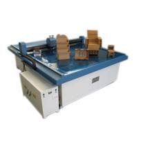 Máquina de corte computarizado de cartón caja muestra