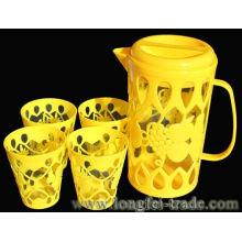 Plastik Wasser Krug und Cups