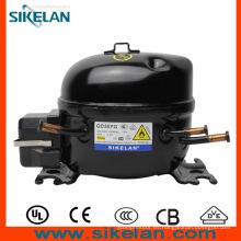Compresor con el condensador de arranque y el condensador de funcionamiento