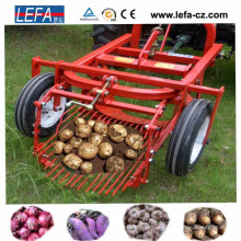 China Gold Supplier First Grade Tractor Mini Farm Potato Harvester