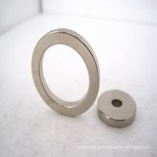 Aimant de néodyme d'anneau avec adapté aux besoins du client