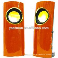 El altavoz plástico YM-M60 de la venta 2.0 más caliente con el auricular de 35m m / el micrófono