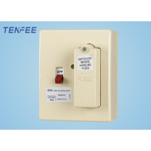 Caja de fusibles interruptor