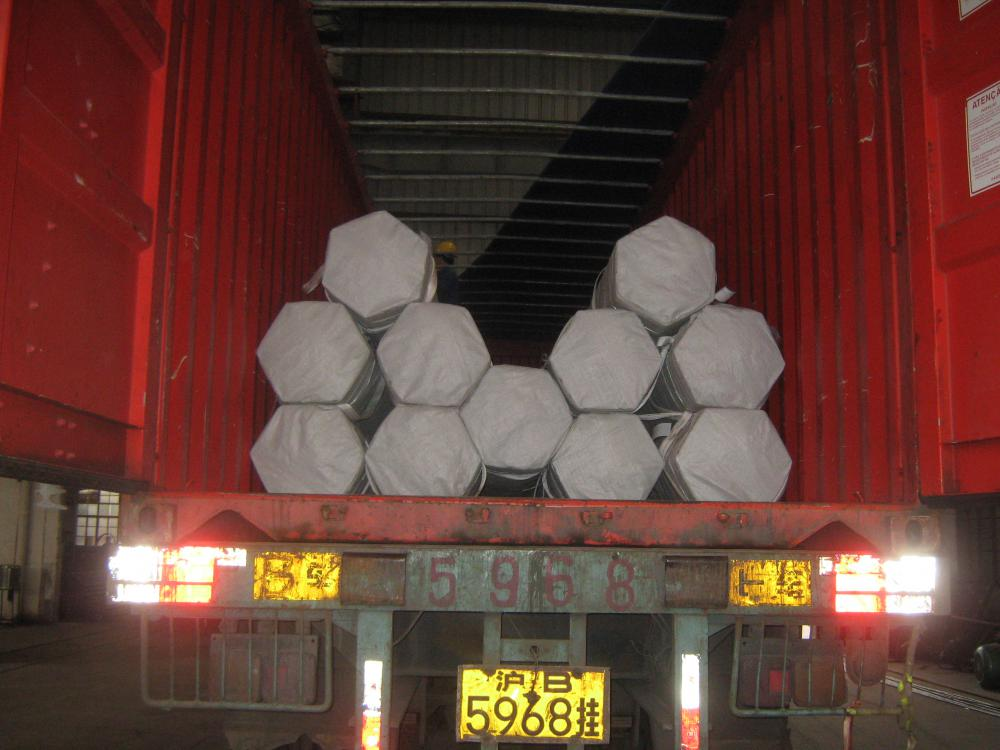 Open Top Container Loading Steel Pipes