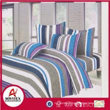Ensembles de couette de couleur vive de 100% polyester, sac de PVC et insérez le lit de carte dans l'ensemble de douillette de sac