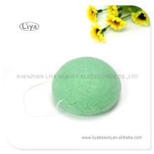 Se laver le visage coloré éponge en forme différente