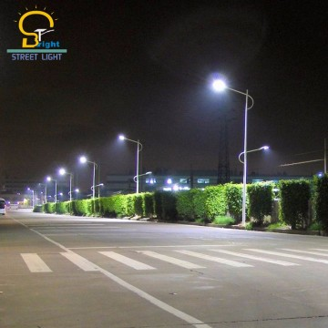 lampadaire solaire led 120W