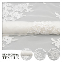 Bordado de tela de encaje blanco de lujo de malla de boda de patrón personalizado
