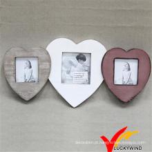 Quadro de madeira encantador da forma do coração do amor do vintage triplicar-se de madeira