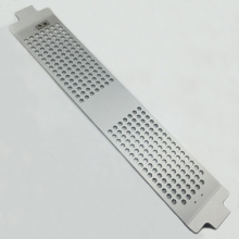Fraisage et découpe au laser de la feuille d'aluminium