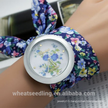 2015 Hot Selling Geneva Flower Print Fabric Wrap Bracelet Watch for Lady