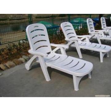 Plastikstrand-Stuhl-Einspritzungs-Maschine