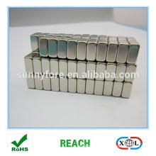 machine de fabrication de magnet frigo
