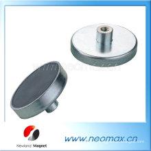 Крюковый магнит с резьбовым отверстием