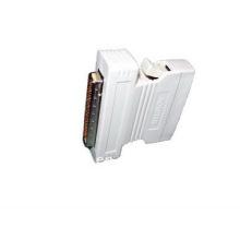 Adaptador SCSI-68M a SCSI-50M (R68D44)