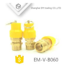 EM-V-B060 Sombrero de plástico amarillo Válvula de seguridad de latón profesional para la válvula de alivio de presión del compresor de aire