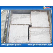 Folha de PVC branca e dura expulsa