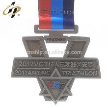 Factory price custom raised logos metal triathlon medals with ribbon