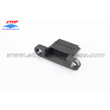 Conector moldeado TYCO local