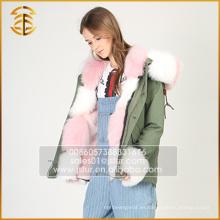 Venta al por mayor chaqueta con capucha de colores de piel de cerda de Faux Fur Parka con capucha para mujer
