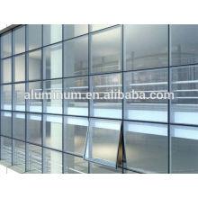 Muro cortina de vidrio