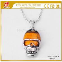 Низкая цена Мужчины Тигр глаз череп ожерелье 20SN0170 с 60 см Серебряная цепь Semi Драгоценные камни Crystal ювелирные изделия