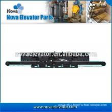 Center Opening Lift Landing Door Device / Elevator Supplier