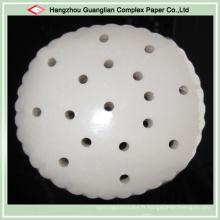 Papier à la vapeur de silicone antiadhésif de catégorie comestible avec des trous