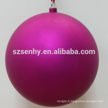 boule de Noël en plastique