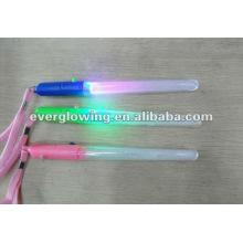 Bâton lumineux stroboscopique à DEL de 7 po à changement de couleur