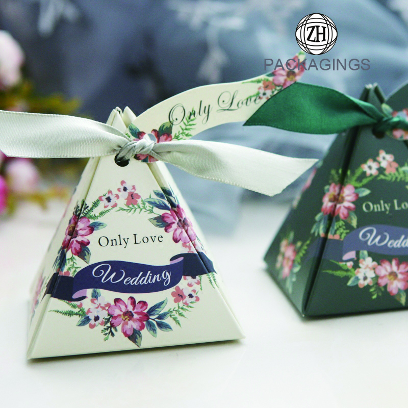 Custom Handmade Triangle Pyramid Gift Candy Boxes