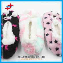 2015 various pattern latest fashion cheap girls winter soft winter warm indoor socks
