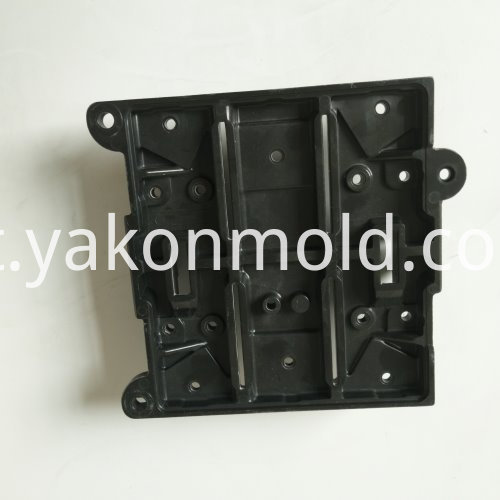 Phenolic injection mould