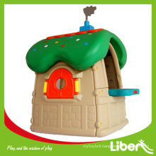 Children Play House LE.WS.005
