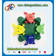 Brinquedo de sapo engraçado salto plástico colorido para venda