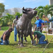 parque temático escultura ao ar livre bronze escultura grande touro
