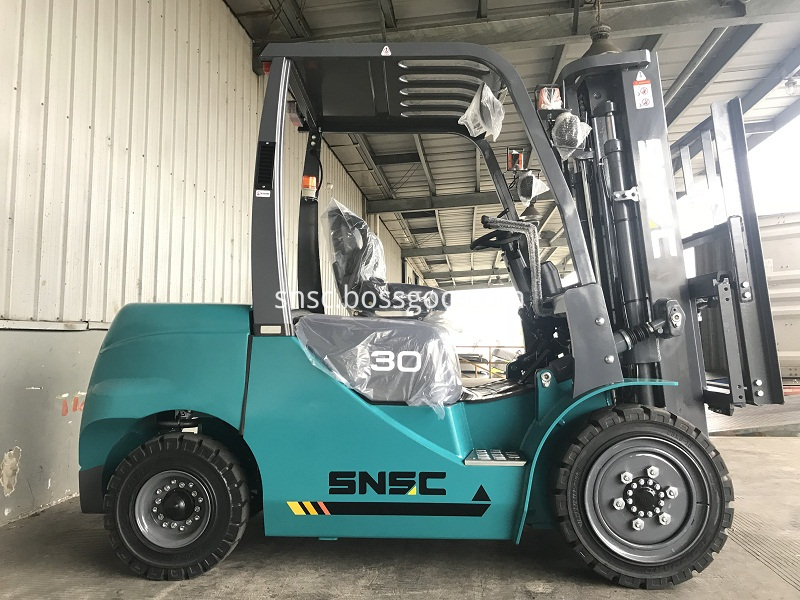 4 units 3 ton forklifts exported to ALGERIA from sheri (3)