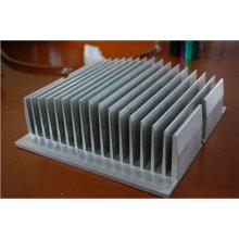 Dissipador de calor feito por processo de usinagem CNC