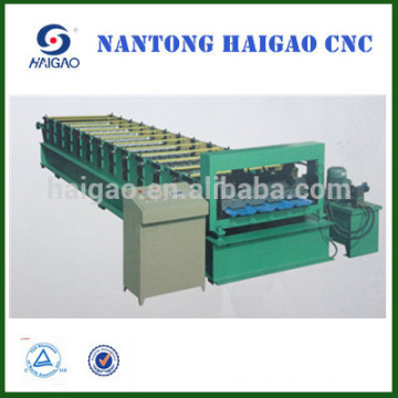 Single Layer CNC Farbe Stahl Walze Formmaschine / Stahl Pressmaschine / Dachziegel Maschine