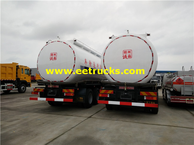 Dry Powder Delivery Truck