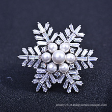 Fazendo o presente do brooch do dia das mães, zircon trendy novo e broche do floco de neve da pérola de água doce