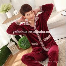 Exquisita largo manga Coral paño grueso y suave de los hombres traje China proveedor