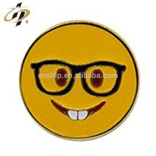 Épingles de revers emoji en métal en émail doux