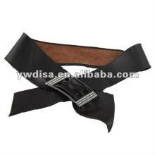 Cinto de couro larga fita para a mulher com fivela de strass