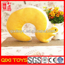 Latest design elegant gift squirrel shaped neck pillow