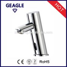 Brass Automatic single hole Sensor Bathroom Basin Faucet ZY-8906