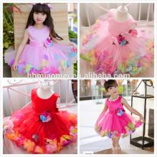 2017hot rosa desgaste do partido do bebê menina vestido bonito design flor decoração da menina da princesa vestidos de um pcs baby girl dress para o casamento