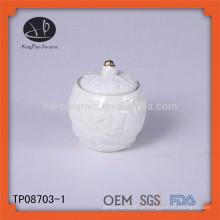 Geprägte weiße keramische Großhandelsgläser / Kerzegläser Großhandels- / Küchespeicher